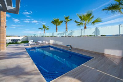 YMS4: Villa for sale in Cabo Roig