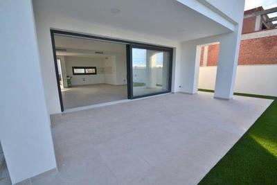 YMS14: Villa for sale in Mar Menor Golf Resort