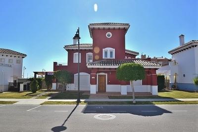 YMS26: Villa in Mar Menor Golf Resort
