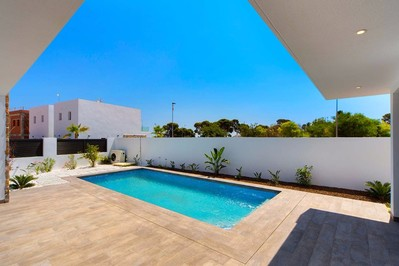 YMS84: Villa for sale in Lo Pagan