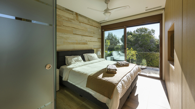 YMS125: Villa for sale in Las Colinas Golf Resort