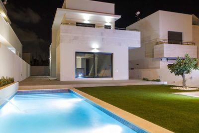 Ref:YMS167 Villa For Sale in Villamartin