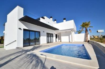 Ref:YMS194 Villa For Sale in Mar Menor Golf Resort