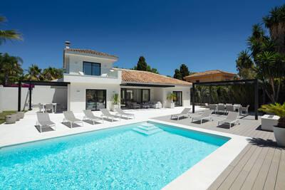 YMS935: Villa in Nueva Andalucía