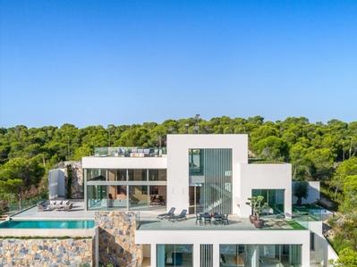 YMS207: Villa in Las Colinas Golf Resort