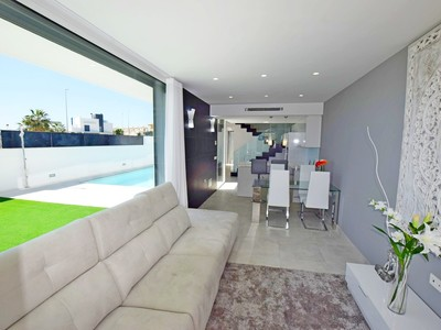 YMS259: Villa for sale in Cabo Roig