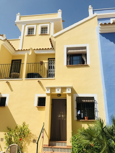 YMS289: Townhouse for sale in Roda