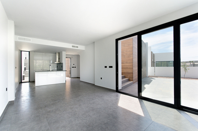 YMS307: Villa for sale in La Finca Golf Course