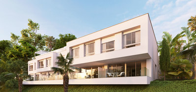 YMS320: Townhouse for sale in Estepona