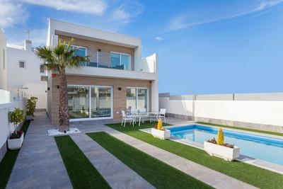 YMS397: Villa for sale in Pilar de la Horadada