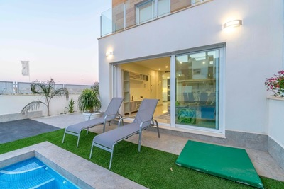 YMS445: Villa for sale in Lo Pagan