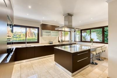 YMS466: Villa for sale in Marbella