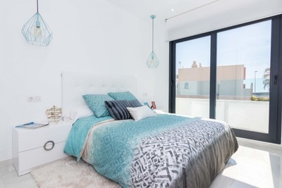 YMS582: Townhouse for sale in Villamartin
