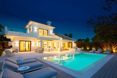 YMS601: Villa in Nueva Andalucía