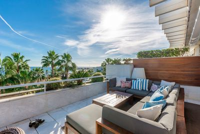 YMS604: Apartment for sale in Puerto Banús