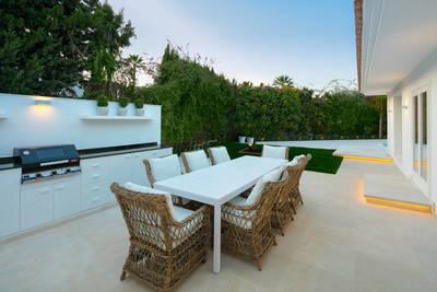 YMS609: Villa for sale in Nueva Andalucía