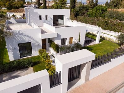 YMS610: Villa for sale in Guadalmina Alta