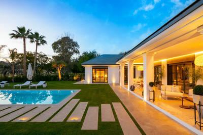 YMS611: Villa for sale in Nueva Andalucía