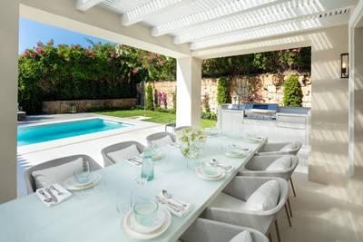 YMS615: Villa for sale in Nueva Andalucía