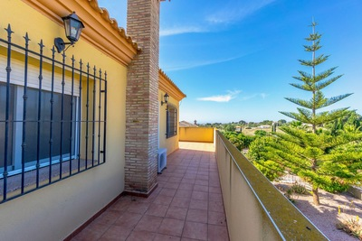 YMS659: Villa for sale in Valle del Sol