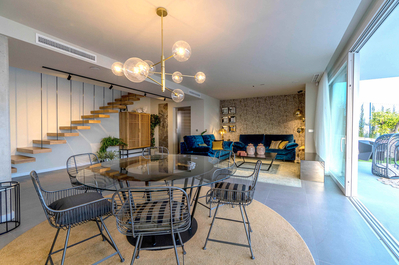 YMS720: Villa for sale in Finestrat