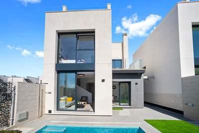 YMS734: Villa for sale in Villamartin