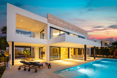 YMS966: Villa for sale in Nueva Andalucía