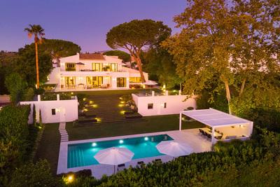 YMS808: Villa in Nueva Andalucía