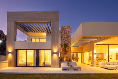 YMS813: Villa in Nueva Andalucía