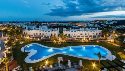 Ref:YMS828 Apartment For Sale in Estepona
