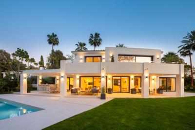 YMS878: Villa in Nueva Andalucía
