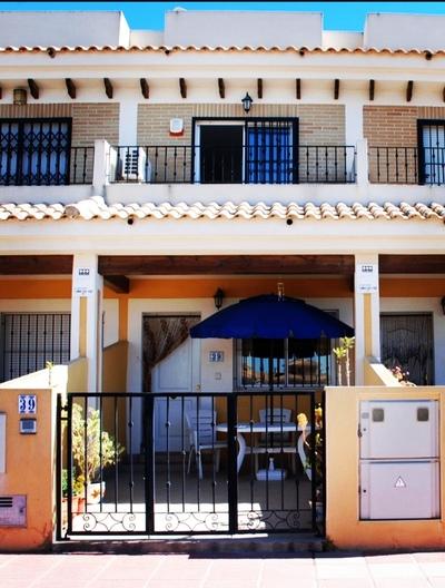 YMS896: Townhouse in Roda