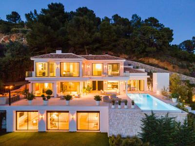 Ref:YMS986 Villa For Sale in Marbella