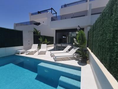 YMS1041: Villa in Los Alcazares