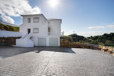 R3592849: Villa - Detached in Estepona