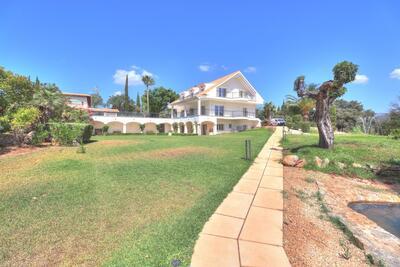 IP2-7031: Villa in Palma